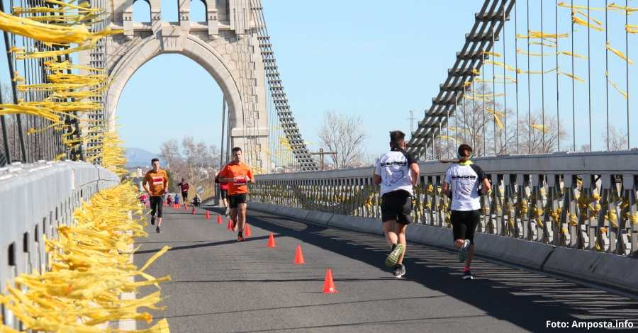 Més de 200 persones participen en la jornada de running a Amposta