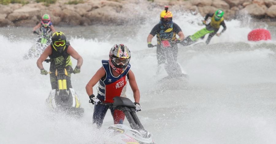 Jordi Tomàs es proclama campió de Catalunya de motos aquàtiques