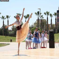 El Parc dels Xiribecs acull la celebració del Dia Internacional de la Dansa
