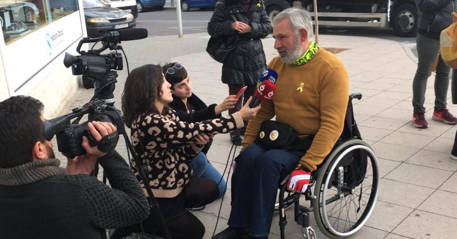 L'activista Jordi Puig arriba a Amposta