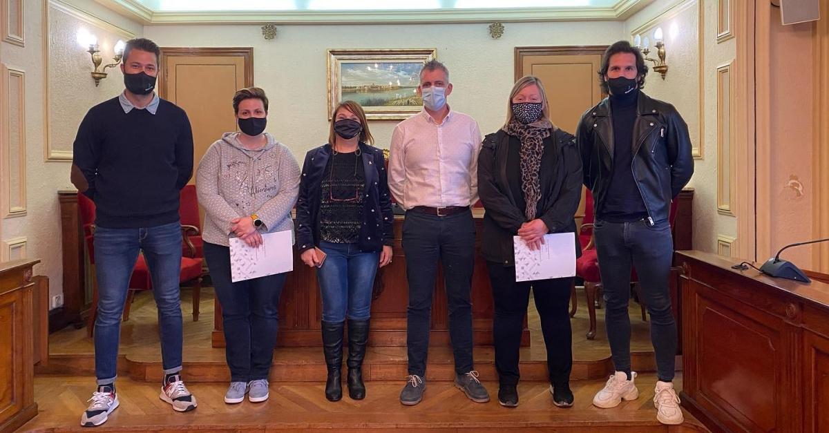 L'Ajuntament aporta 10.000 euros a restauració i comerç perquè instaurin el servei a domicili