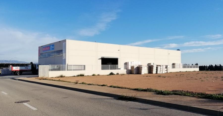 L'Ajuntament ven una parcel·la de 3.500 metres quadrats de l'Oriola per a l'ampliació d'una empresa ampostina | Amposta.info