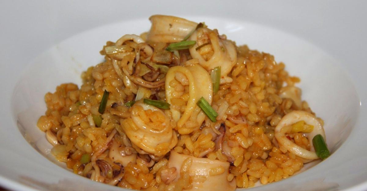 La recepta: Arròs amb calamars i alls tendres