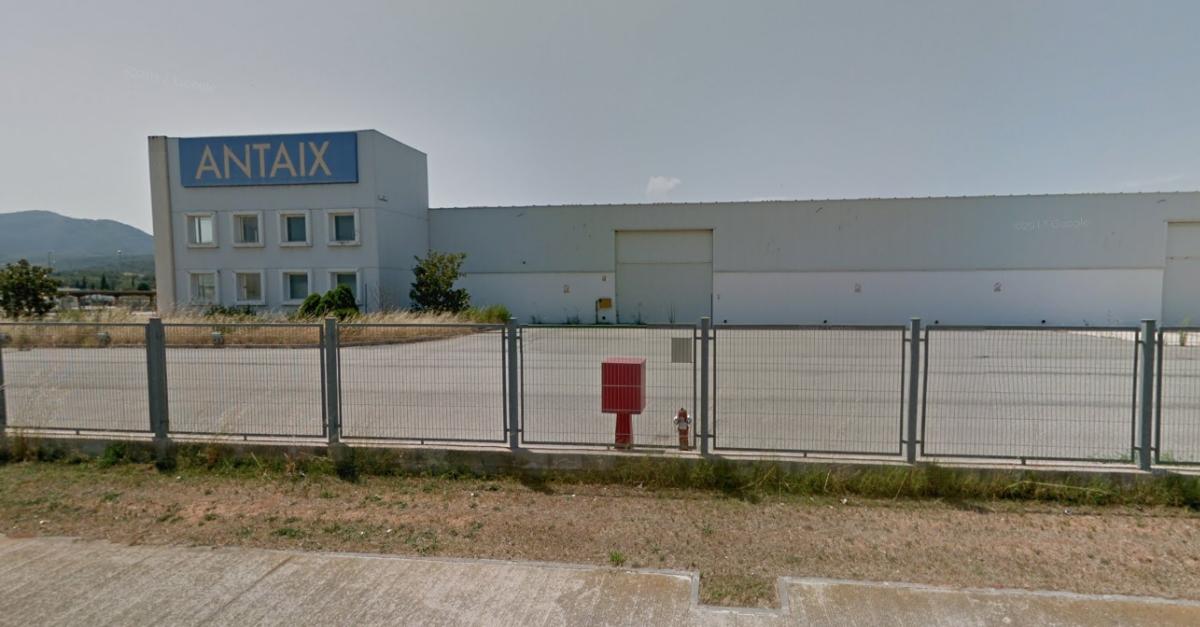 Es formalitza la compra de les naus d'Antaix per a instal·lar-hi un centre logístic del sector tèxtil