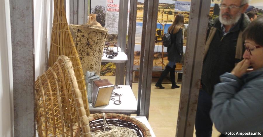 La cuina catalana i ebrenca en una exposició que mostra la relació entre els paisatges i la gastronomia