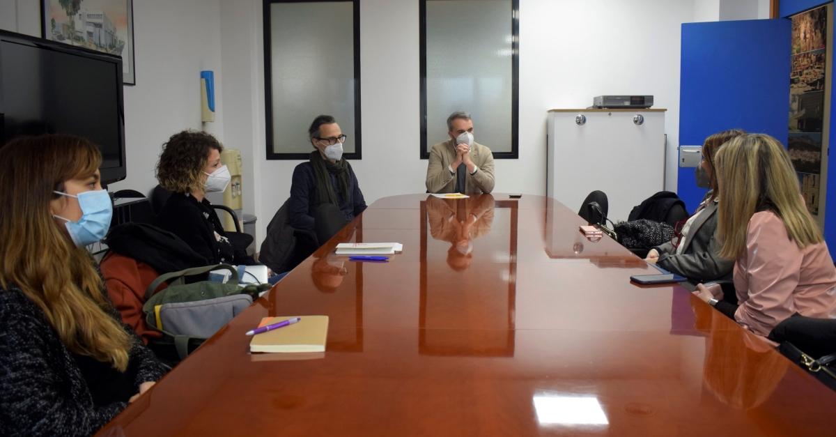 El Montsià treballa en una estratègia comarcal per a reactivar el comerç local | Amposta.info