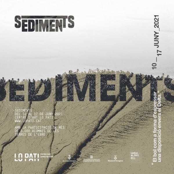 Aula al Pati. Instal·lació sediments realitzada per 3055 alumnes de les escoles de les Terres de l'Ebre