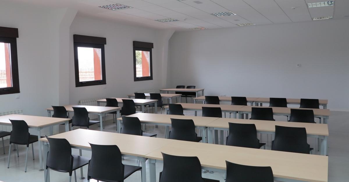 S'obren les incripcions per als cursos de català