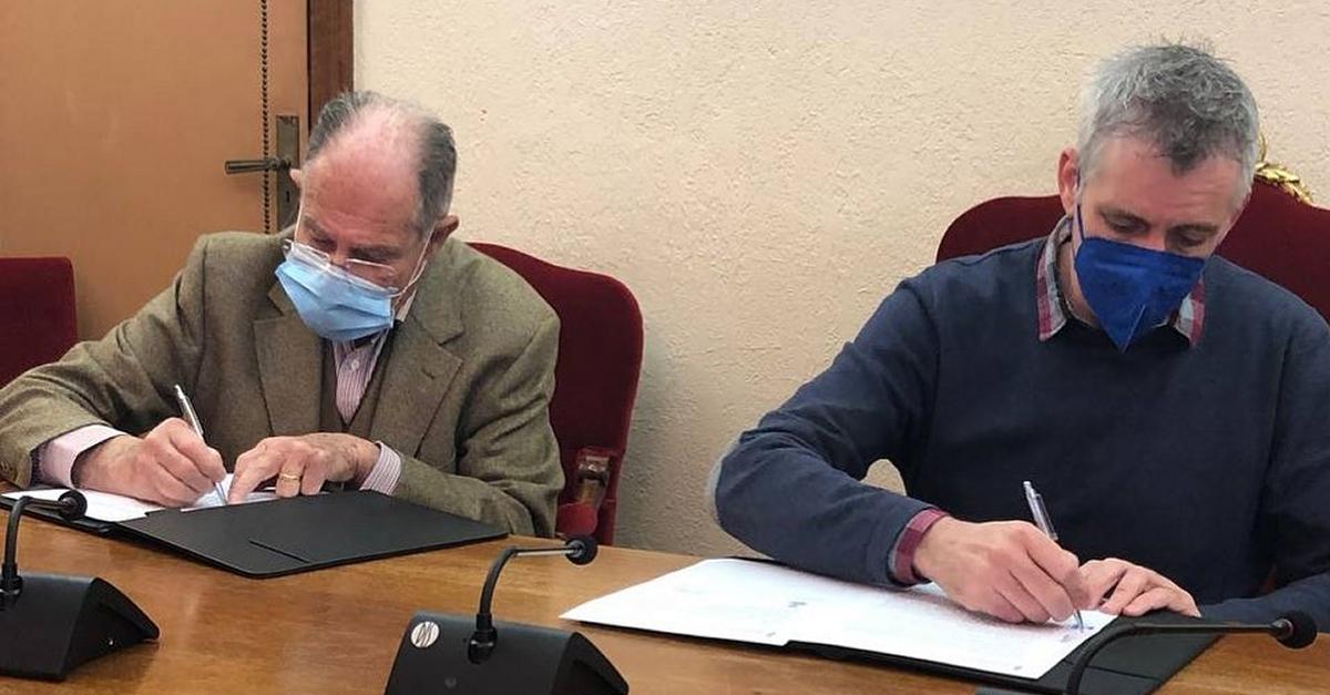 Francisco Torres cedeix a l'Arxiu Municipal els seus arxius professionals