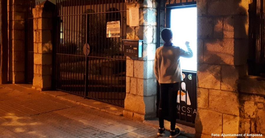 L'Oficina de Turisme d'Amposta estrena un tòtem interactiu